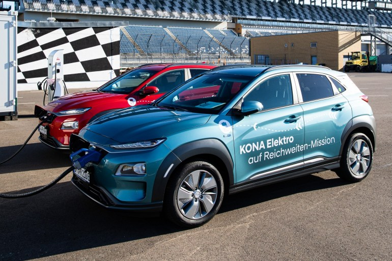 Three teams on Hyundai Kona Electric electric crossovers were able to drive more than 1000 km on a single battery charge of 64 kWh (standard range - 450 km) TechRechard