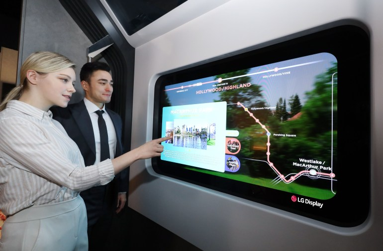 LG Display to Showcase Real-Life Cases of OLED Transparent Panels at CES 2021: Restaurant, Bedroom and Subway