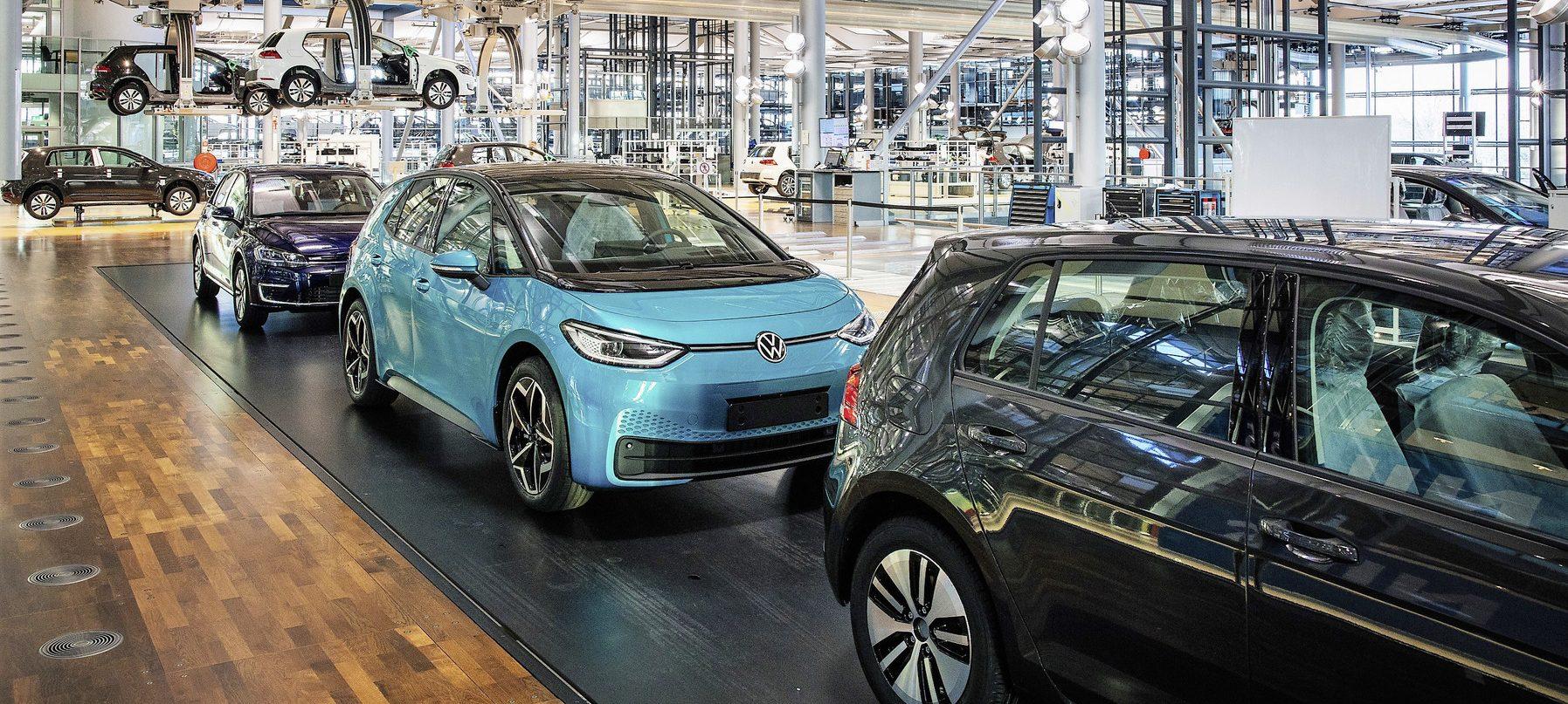 Volkswagen ends e-Golf in favor of ID.3 TechRechard